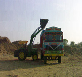 Tractor mounted High Dump Loaders